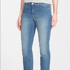 Denim - Jeans jeans jeans! 👖